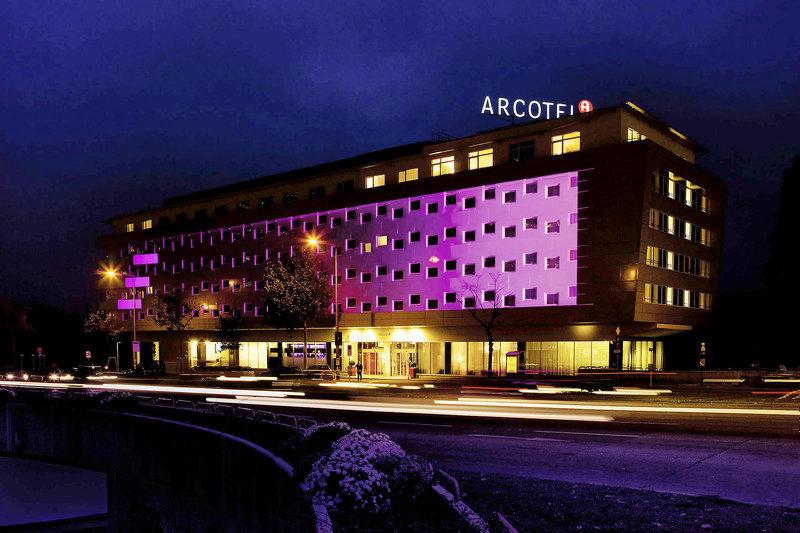 Hoteleinrichtung Referenz | Aussenansicht Arcotel Kaiserwasser 4* Superior Hotel