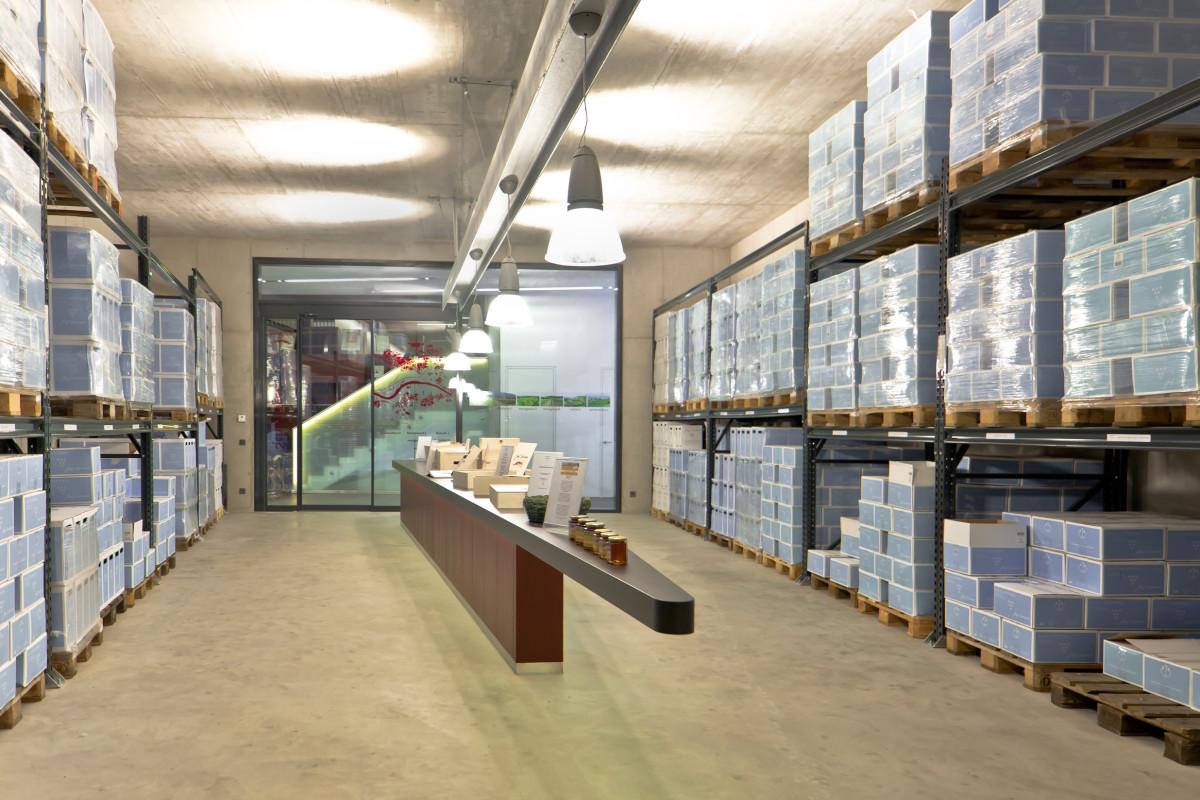 Gastro Einrichtung Referenz | Verkostungstheke Weinverkostungszentrum Dockner
