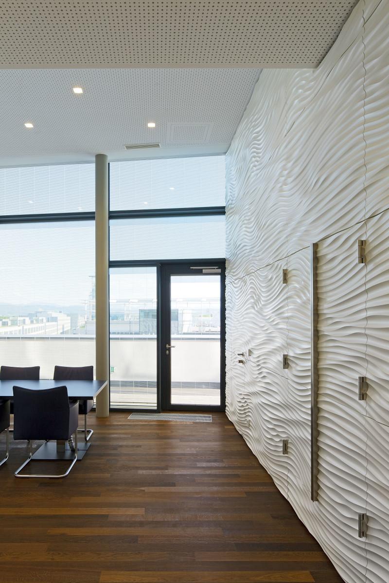 Objekteinrichtung Referenz | Relief Wandverkleidung Hypo NÖ Kompetenzcenter St.Pölten