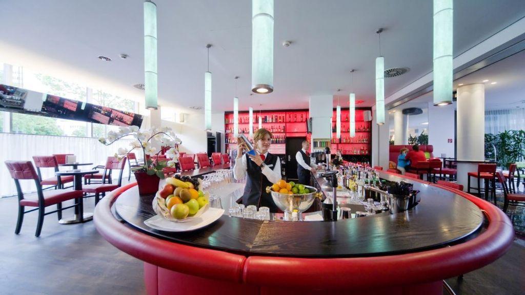Hoteleinrichtung Referenz | Hotelbar Arcotel Kaiserwasser 4* Superior Hotel