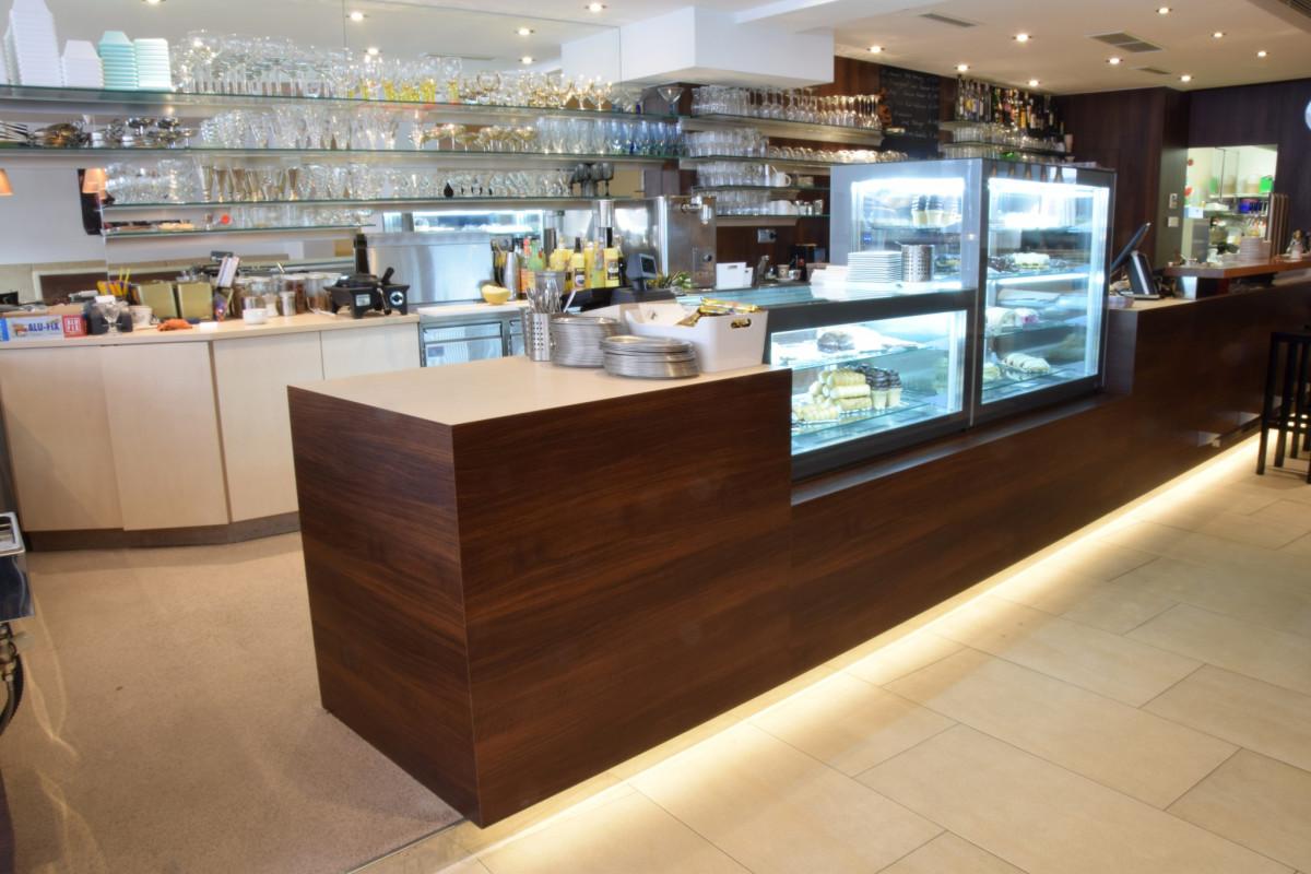 Gastro Einrichtung Referenz | Eistheke Café-Konditorei Karl Bachinger