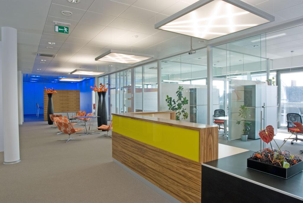 Bankeinrichtung Referenz | Empfangspult Raiffeisenbank Region St. Pölten