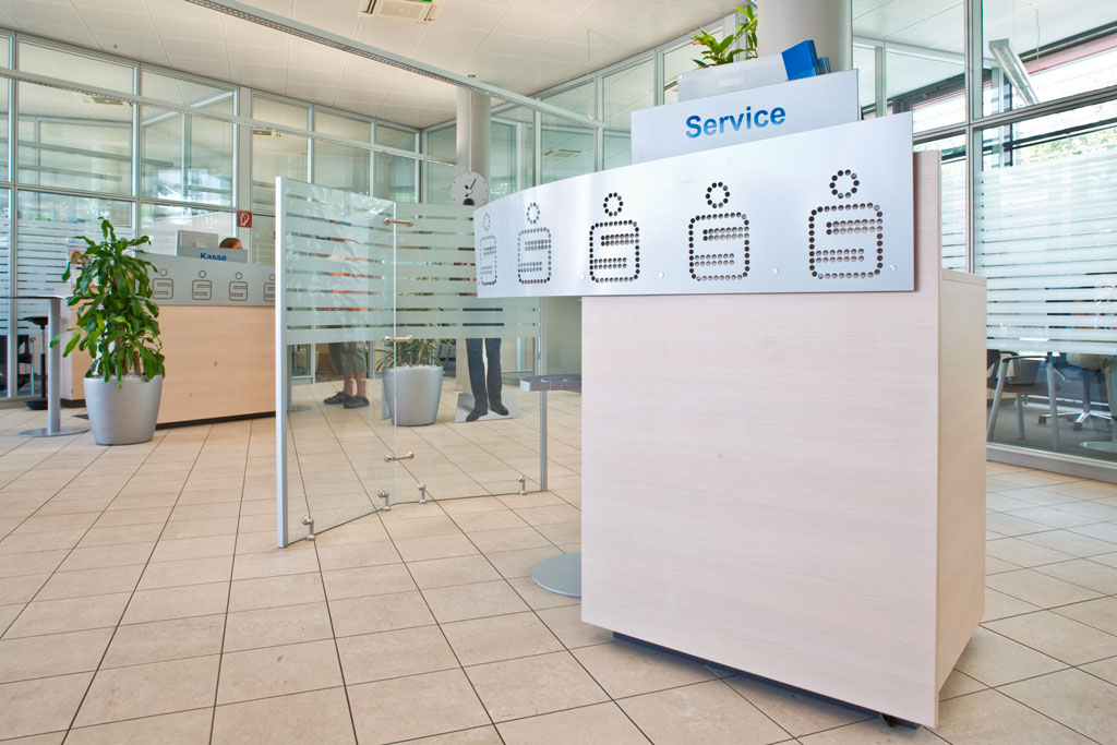 Bankeinrichtung Referenz | Counter Pultanlage Sparkasse NÖ Filiale Josefsstraße