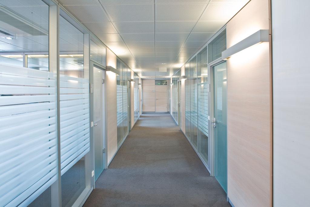 Bankeinrichtung Referenz | Glastrennwände Sparkasse NÖ Filiale Josefsstraße