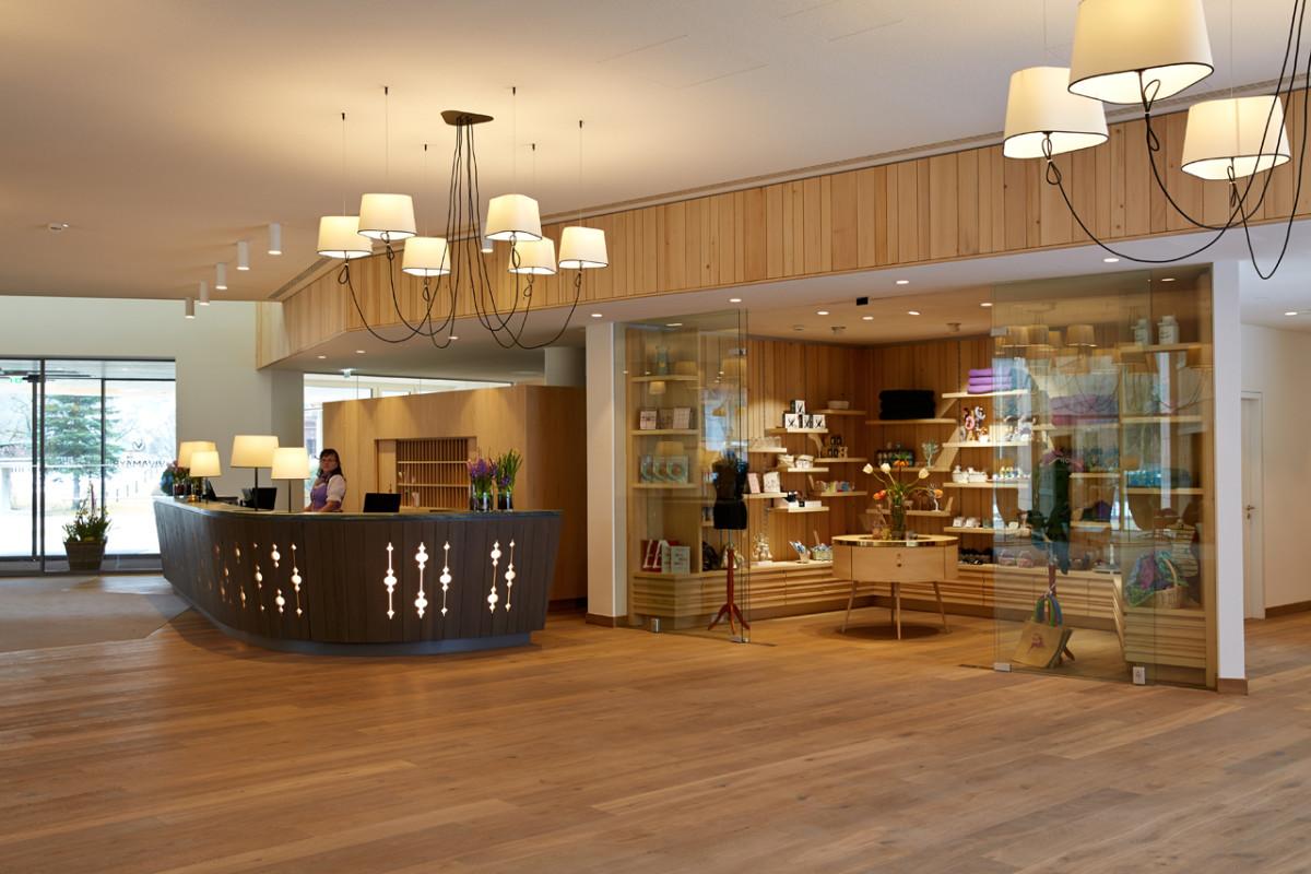 Hoteleinrichtung Referenz | VivaMayr Resort Altaussee Empfang