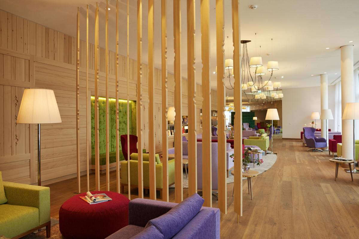 Hoteleinrichtung Referenz | VivaMayr Ressort Altaussee Barbereich