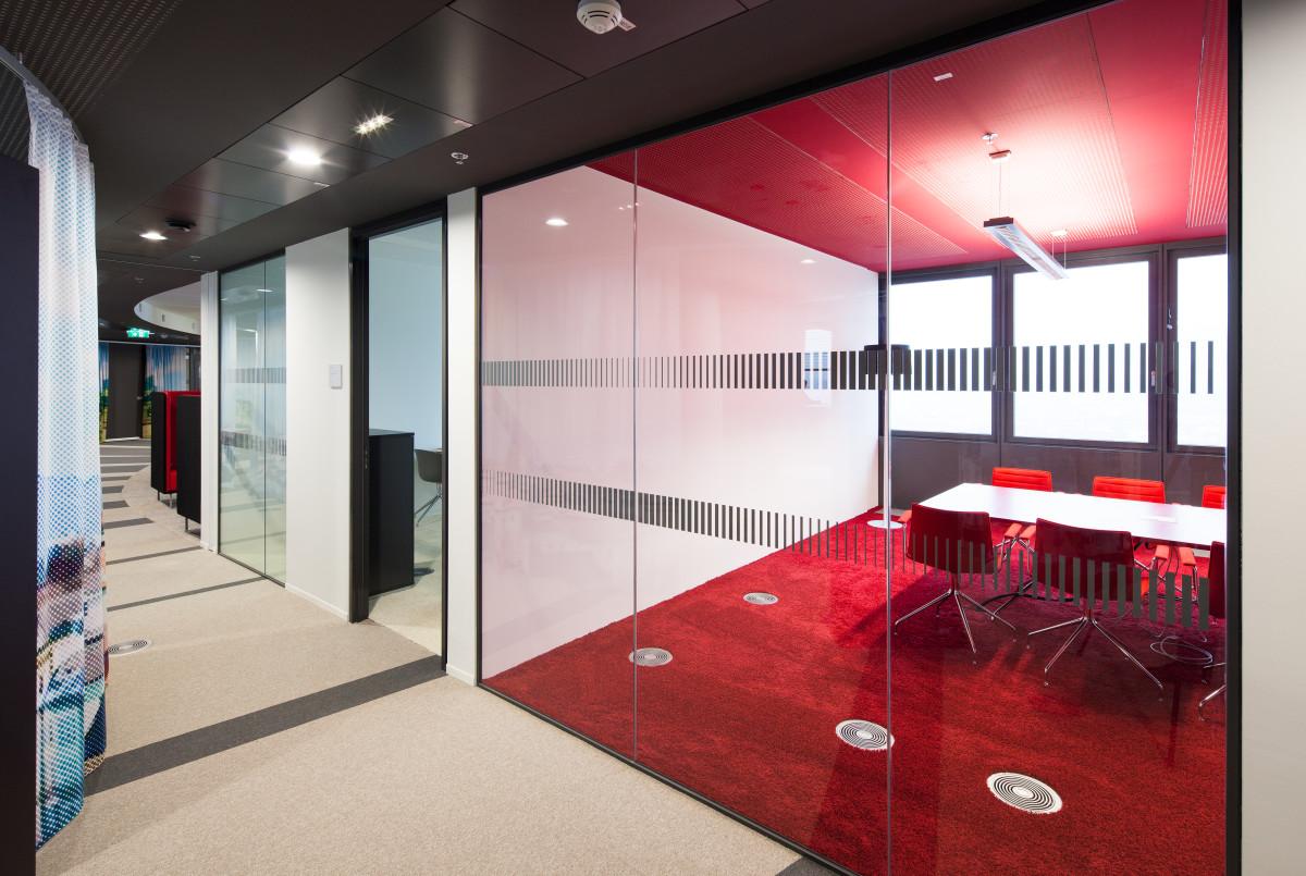 Referenzprojekt modernes Arbeiten | Glastrennwände ÖBB Konzernzentrale Wien